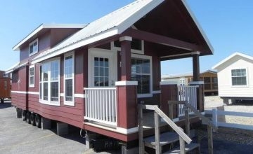 Park Model Unit in Neches